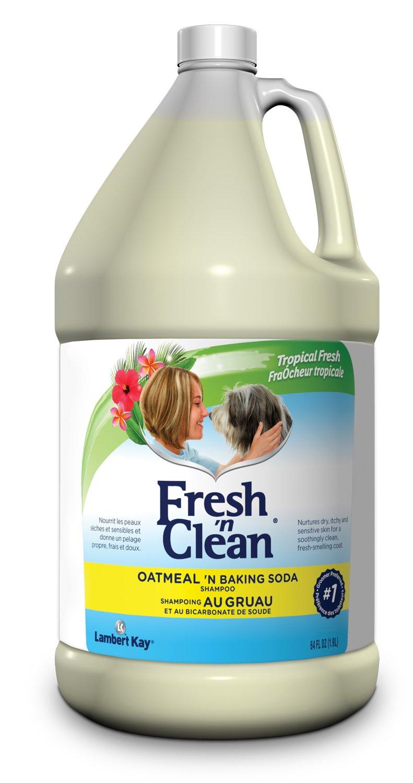 PetAg Fresh 'n Clean Oatmeal 'n Baking Soda Shampoo, 64 oz.