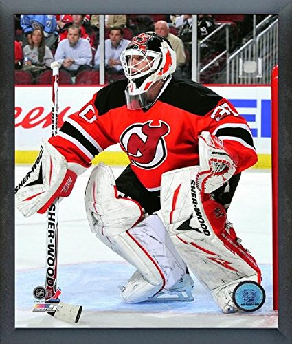 Amazon Com Martin Brodeur New Jersey Devils Nhl Action Photo Size