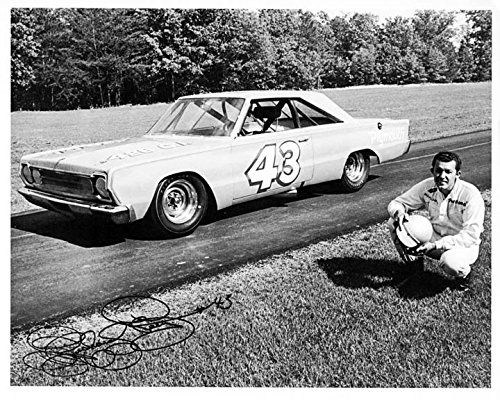 Review 1964 Plymouth Richard Petty