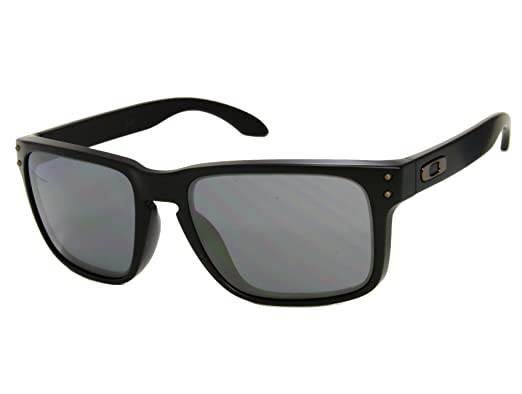 e9148f3fef Oakley Holbrook OO9102-63 Matte Black Black Iridium Sunglasses   Amazon.co.uk  Clothing