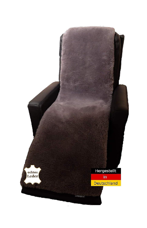 Luxus Lammfell Sesselauflage von LANABEST. In Deutschland hergestellt. Echtes Merino Lammfell, zart, weich und geruchsarm. 40°C waschbar. Anthrazit-grau 50 x 150 cm