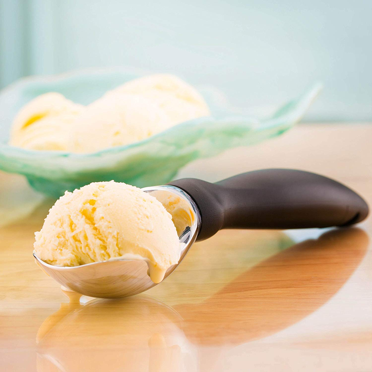 Spring Chef Ice Cream Scoop with Comfortable Handle (Stainless Steel - Black) by Spring Chef (Image #5)