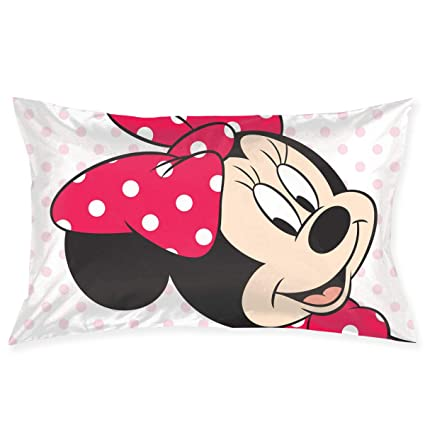 Amazon Com Pillow Cases Kisses Minnie Mouse Throw Cushion Covers