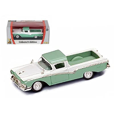 1957 Ford Ranchero Green 1/43 Diecast Car Model by Road Signature: Toys & Games