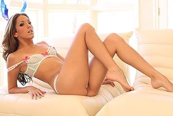 CANDACE: Women using large dildos