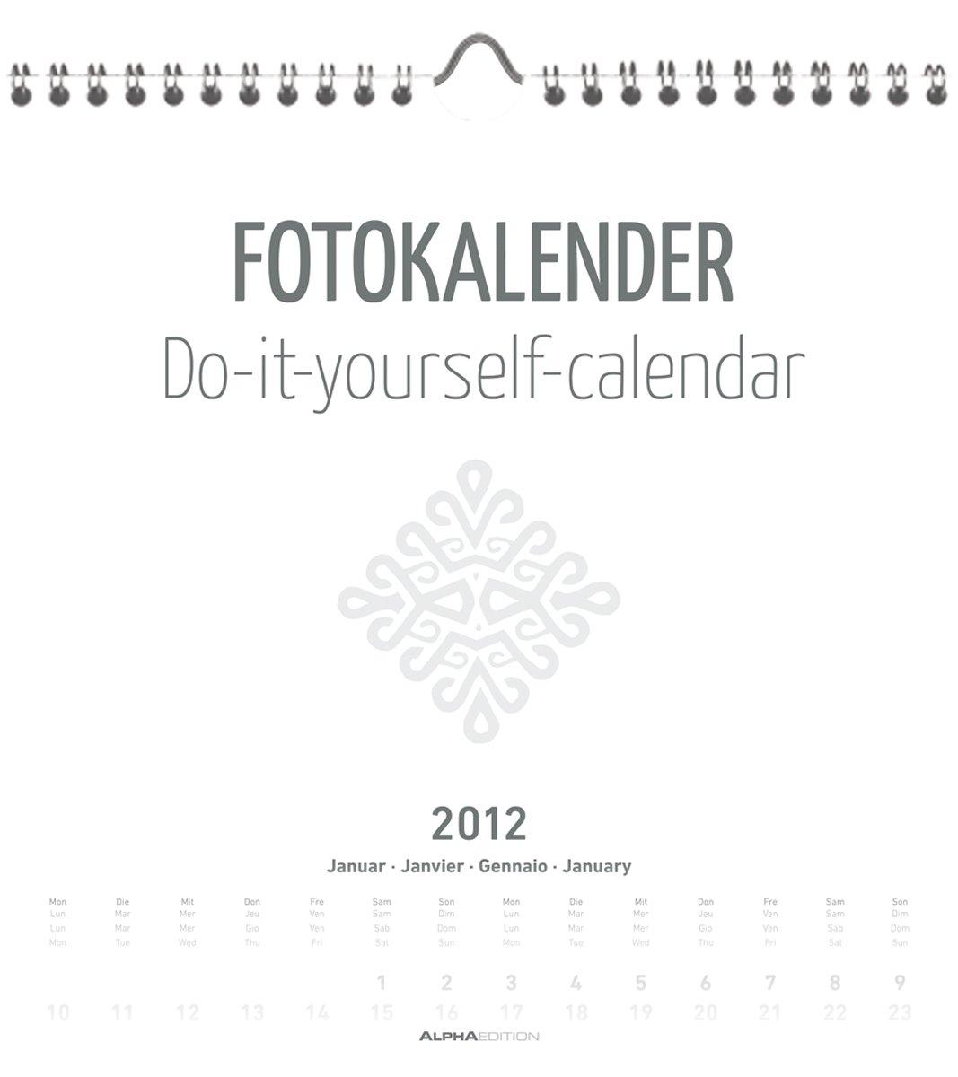 foto-bastelkalender-2012-weiss-datiert-21-x-22-cm