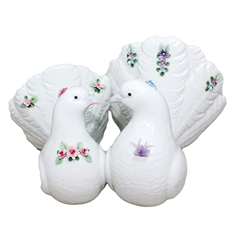 Amazon.com: Lladro parejas de palomas con flores 6359 hecha ...
