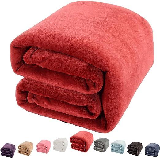 Hari Trading Basic Soft Multi Use Fleece Blanket 51 x 70 Green