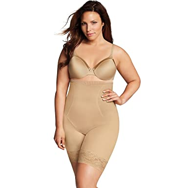 40c67134ce3 Maidenform Firm Foundations Curvy Hi Waist Thigh Slimmer at Amazon Women s  Clothing store