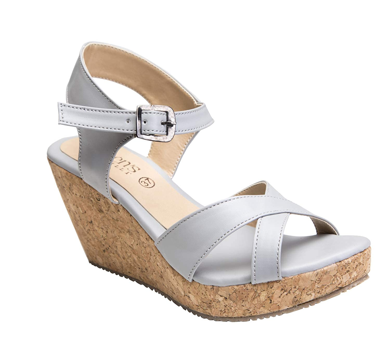 Buy Queen's Feet Women \u0026 Girls Fashion