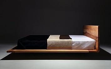 Mazzivo Mood Hochwertiges Holz Bett Schlicht Zeitlos