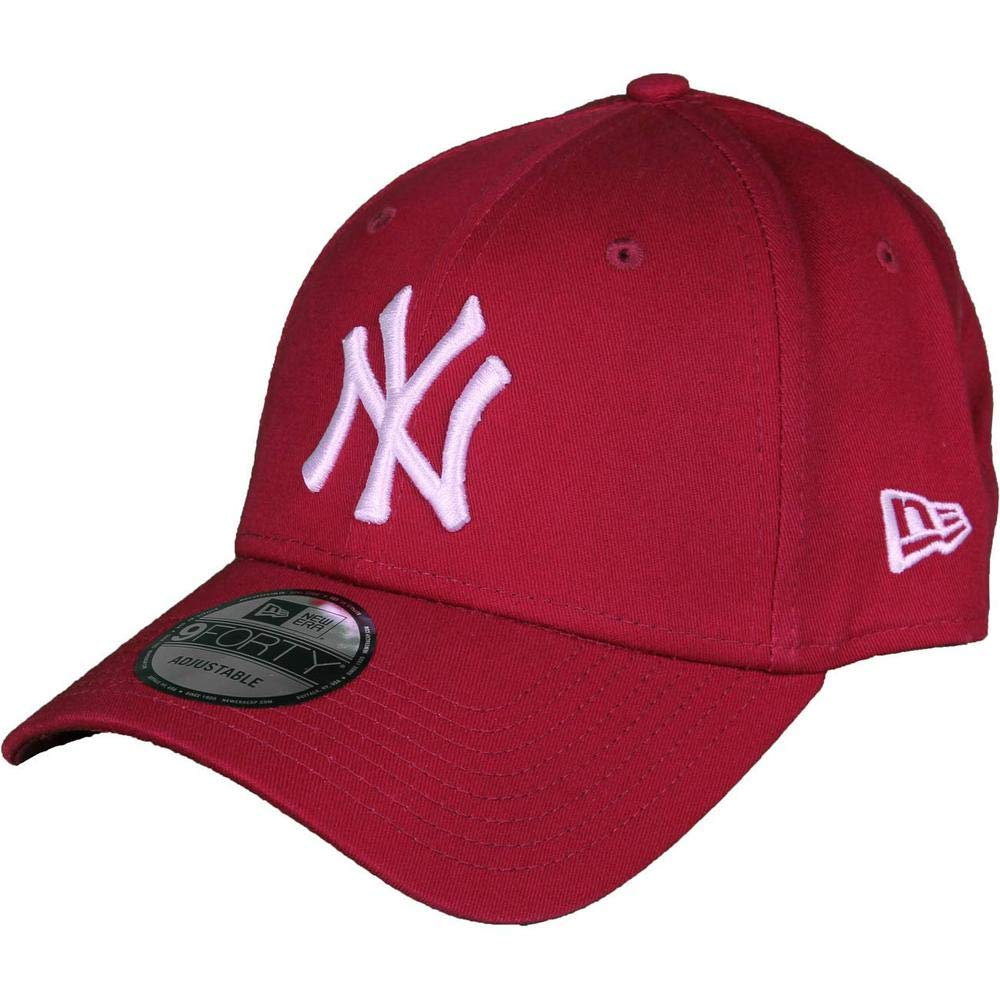 ffec3fa56724e New Era Men s Essentials New York Yankees 9forty Baseball Cap   Amazon.co.uk  Clothing