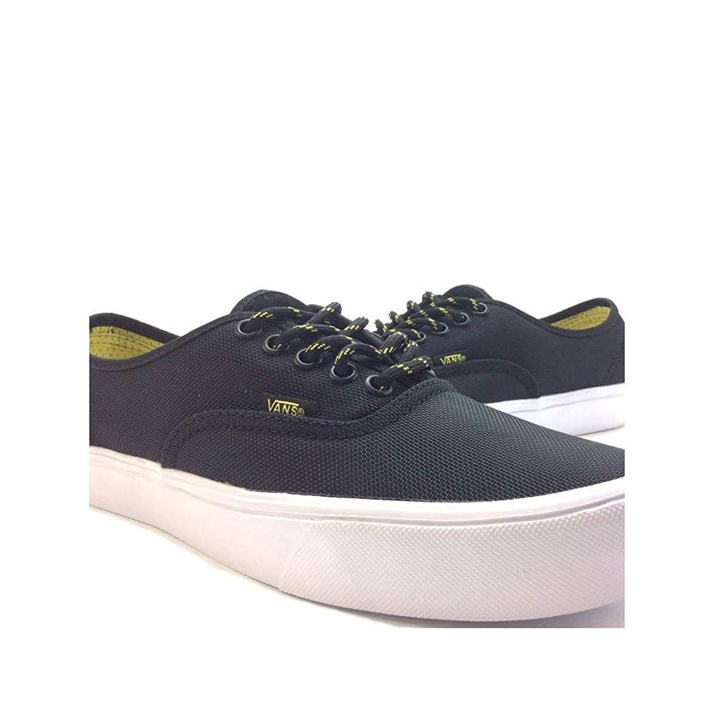ebd32299a18c Vans Unisex Authentic Lite Sneakers  Buy Online at Low Prices in India -  Amazon.in