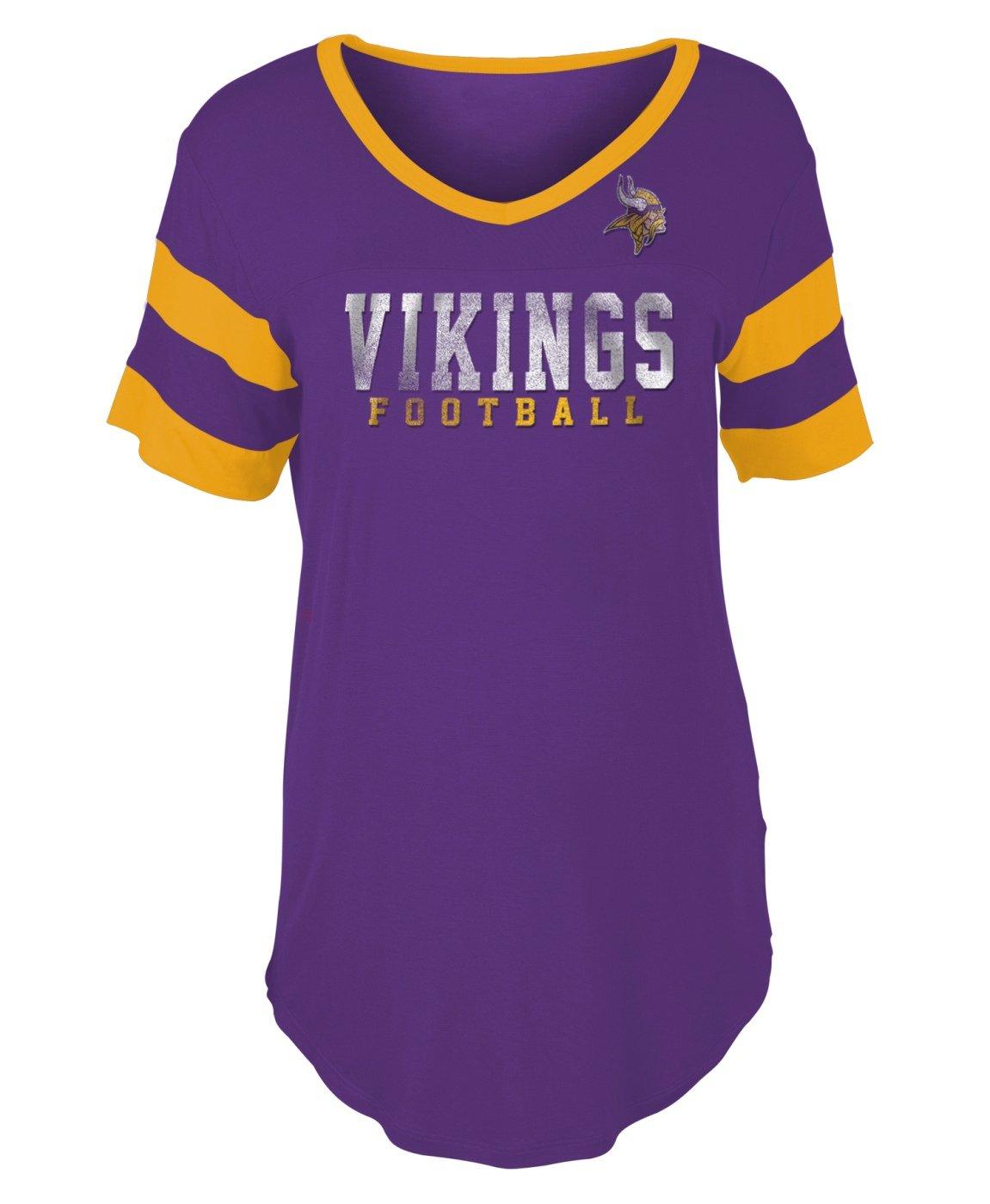 Amazon.com   New Era Minnesota Vikings Women s Double Stripe Short Sleeve V-Neck  T-Shirt   Sports   Outdoors bd8bd9433