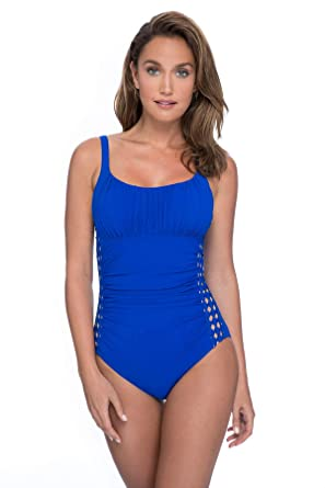6a4fb3b05a8f67 Profile by Gottex Women's Ruched Bust Scoop Neck One Piece Swimsuit at  Amazon Women's Clothing store: