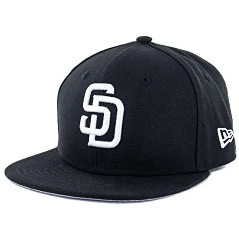 new styles 6d22c c5712 Amazon.com   New Era 59Fifty Youth San Diego Padres Fitted Hat (Black White)  Kids MLB Cap   Clothing
