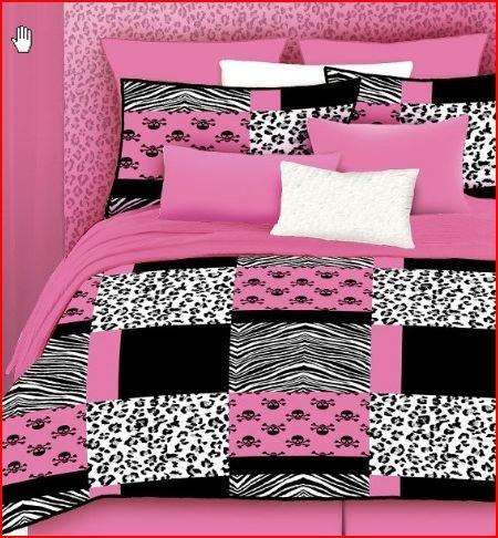 Veratex Stylish Pink Skulls Youth Micro-Fiber Fabric Patt...