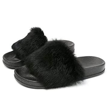 da405be97a8 Image Unavailable. Image not available for. Color  Creazy Womens Flat Non-slip  Soft Fluffy Faux Fur Flat Slipper Flip ...