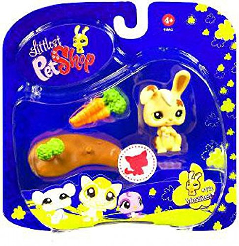(Littlest Pet Shop Assortment 'A' Series 3 Collectible Figure Bunny with Mud Puddle )