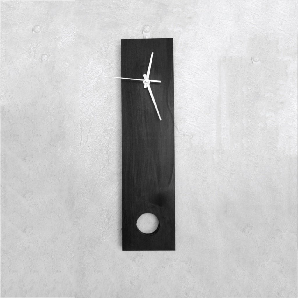 TIANTA- log Woody rectangle Simple rural European style Hotel living room Solid wood decoration Mute Wall Watch decoration ( Color : Black )