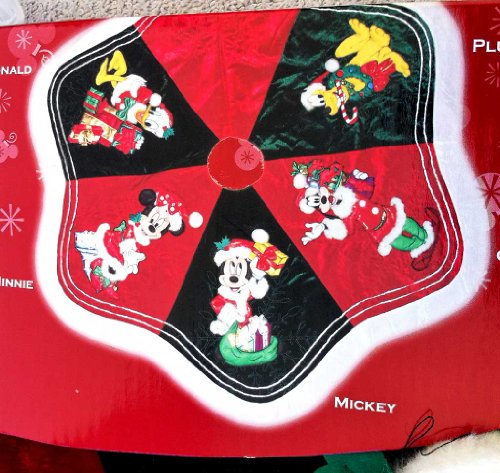 Disney Park Mickey Minnie Mouse Character Christmas Holiday Tree Skirt New:  Amazon.co.uk: Kitchen U0026 Home