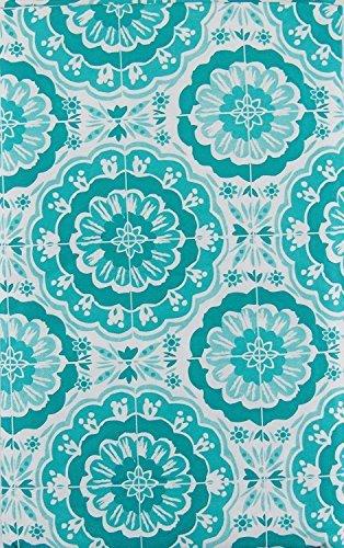 Bursting Blooms of Blue Vinyl Flannel Back Tablecloth with Zipper Umbrella Hole (70