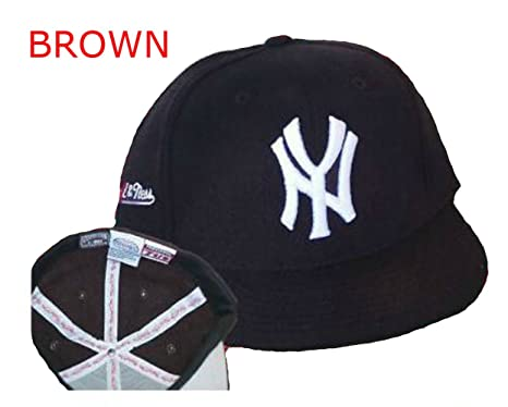 3bbc84c5f07c8 Image Unavailable. Image not available for. Color  New York Yankees Fitted  Size 7 3 8 Hat Cap - Brown Fabric