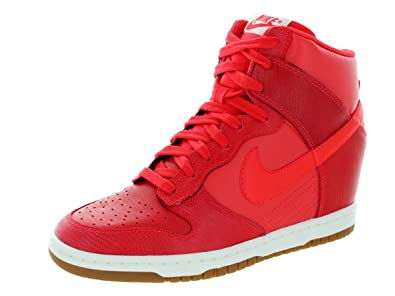 Image Unavailable. Image not available for. Colour  Nike Women s WMNS Dunk  Sky Hi Trainers ... 630a0060548d