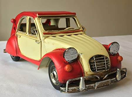 Cream great gift ornament for a shelf or a desk available in two colours 32cm long FandG Supplies Lovely vintage retro iron metal model Italian Car