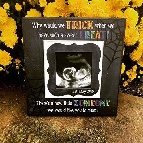 Halloween Pregnancy Reveal Picture Frame | Ultrasound Photo Frame | Sonogram Picture Frame | Pregnancy Announcement | Birth Announcement ()