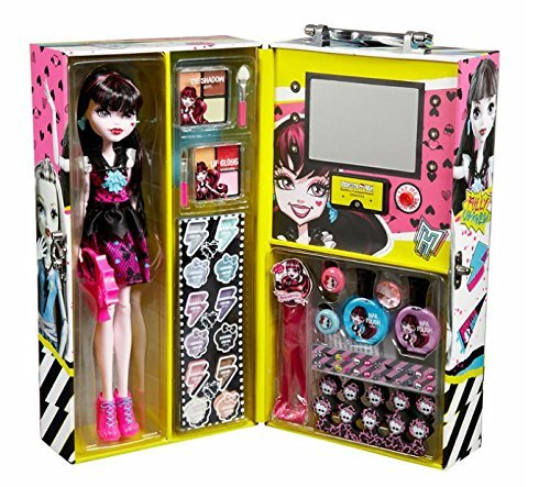 Monster High Fashion Doll Draculaura product image