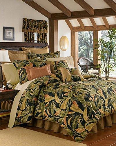 La Selva Black King Comforter by Thomasville