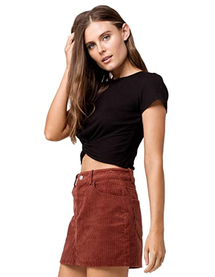 38c201365d Bozzolo Twist Front Rust Crop Tee at Amazon Women s Clothing store