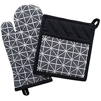 DII Cotton Heat Resistant Kitchen Pot Holder and Oven Mitt Set Farmhouse Chic Geometric Design, Machine Washable for Every Home, (Potholder 8x8.5, Ovenmitt 6.5x12), Triangle