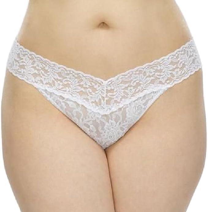 5ce38fc80 Amazon.com  Hanky Panky Signature Lace Thong Petite Panty (One Size ...