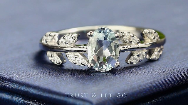 Gem Stone King 925 Sterling Silver Sky Blue Aquamarine Olive Women's Vine Ring 0.93 Cttw Oval Gemstone Available 5,6,7,8,