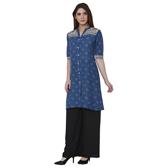 23e8ec91b3 Shiloh Women s Rayon Animal Printed Blue Kurti with Black Palazzo Set   Amazon.in  Clothing   Accessories