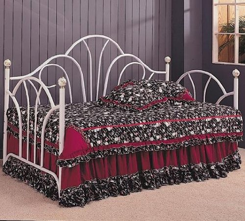 Coaster Home Furnishings Traditional Daybed