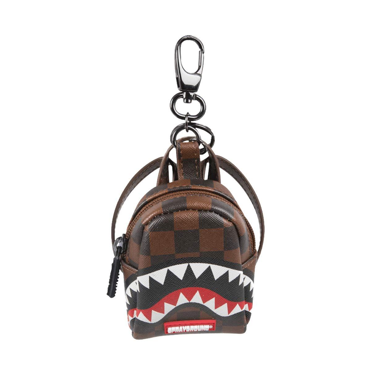 Amazon.com: Llavero de tiburones en París.: Clothing