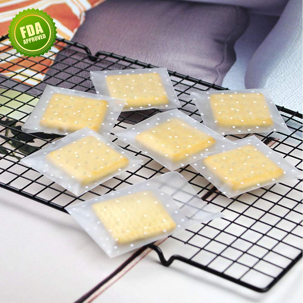 Cellophane Bags Self Adhesive Cookie Biscuit Candy Bags White Polka Dot Treat Bags Plastic Party Favor Bags 2.8x2.8in