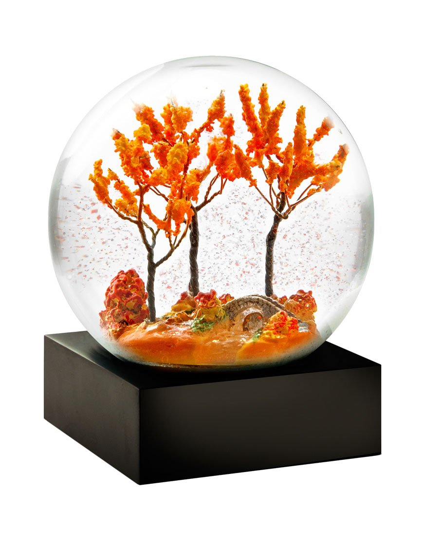Autumn Snow Globe - Fall Cool snow globe