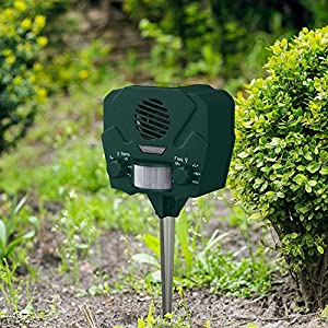 Hoont Animal Trap with Springs Solar Ultrasonic Outdoor Animal Repellent and Pest Repeller - Electronic Dog deterrent, Mouse Repellent, Squirrel Trap, Bird Deterrent - Motion Activated [UPGRADED]