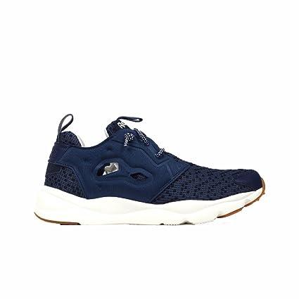 26a7befff02 Amazon.com  Reebok Furylite Off Tg Sneakers  Sports   Outdoors