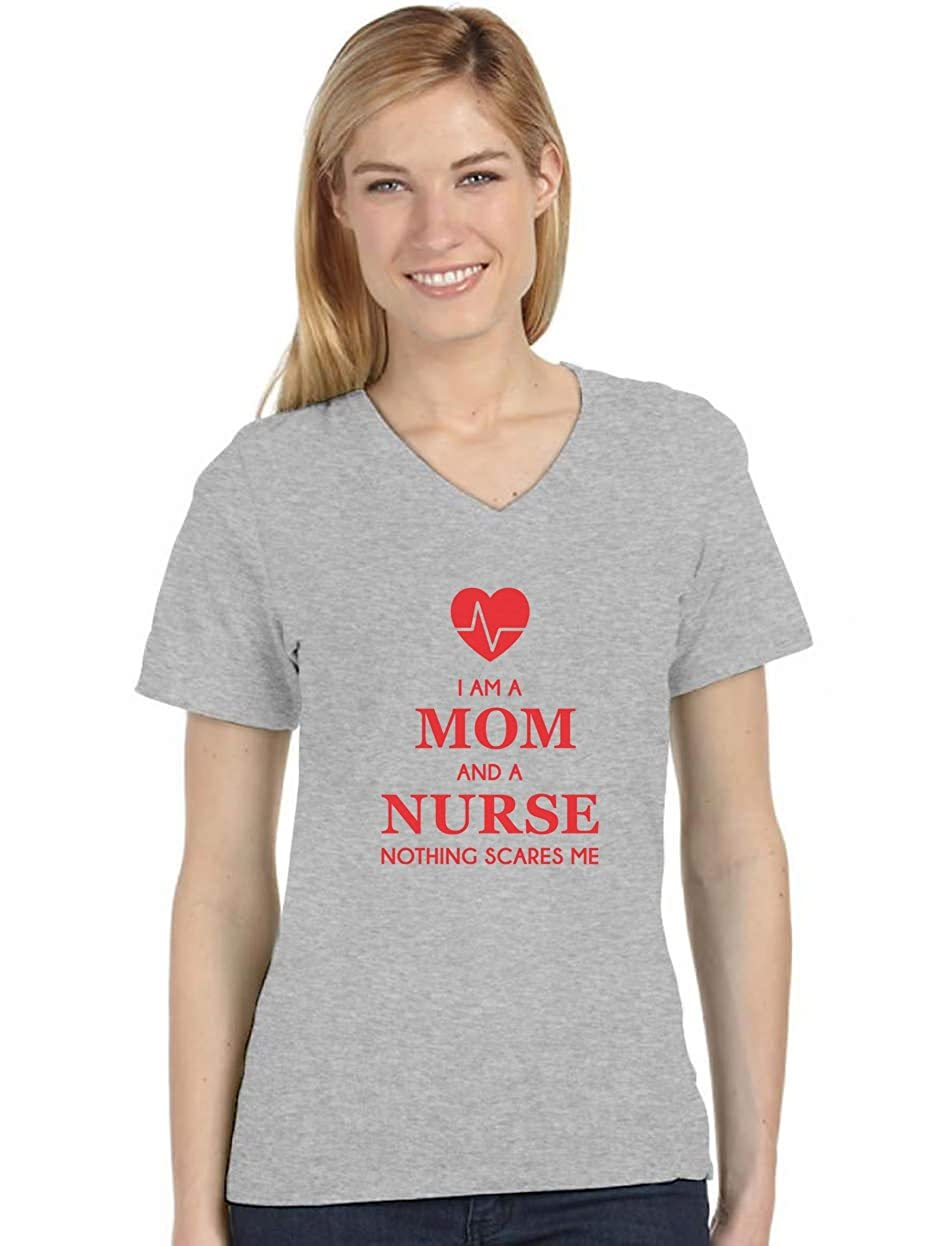 I Am A Mom And A Nurse - Nothing Scares Me Nurse Gift V-Neck Women T-Shirt GM0t3Mgbu