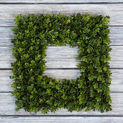 Pure Garden Boxwood Wreath, Artificial Wreath for The Front Door, Home Décor, UV Resistant - 16.5 Inches, Square