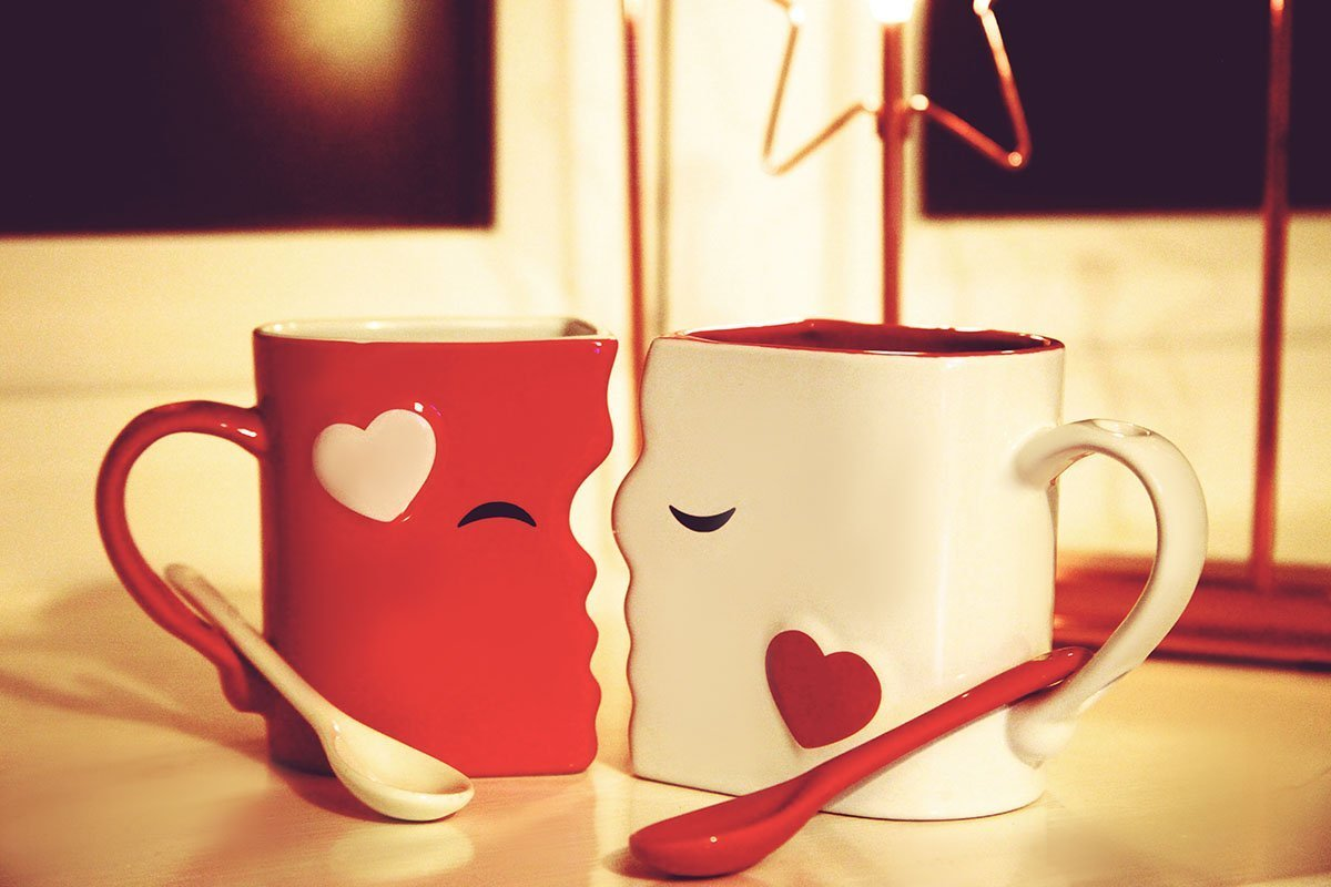 amazon com kissing mugs set exquisitely crafted two large cups