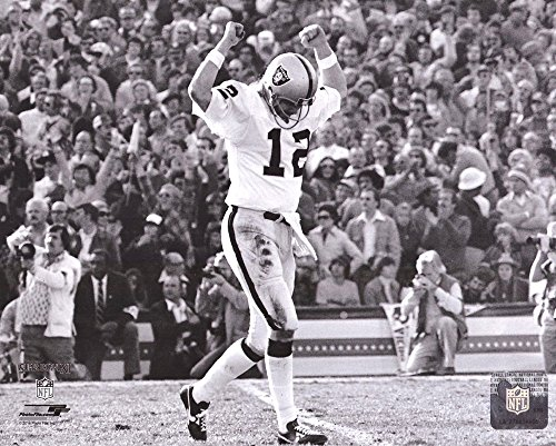 Ken Stabler Unsigned B&W Oakland Raiders Super Bowl XI NFL 8x10 Photo