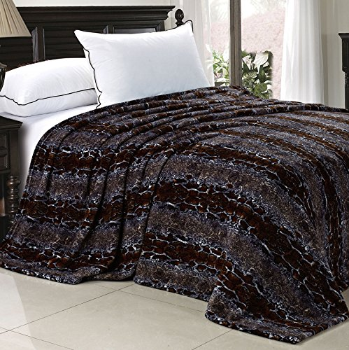 Home Soft Things BOON Light Weight Animal Safari Style Chocolate White Snake Printed Flannel Fleece Blanket (Printed Snake)