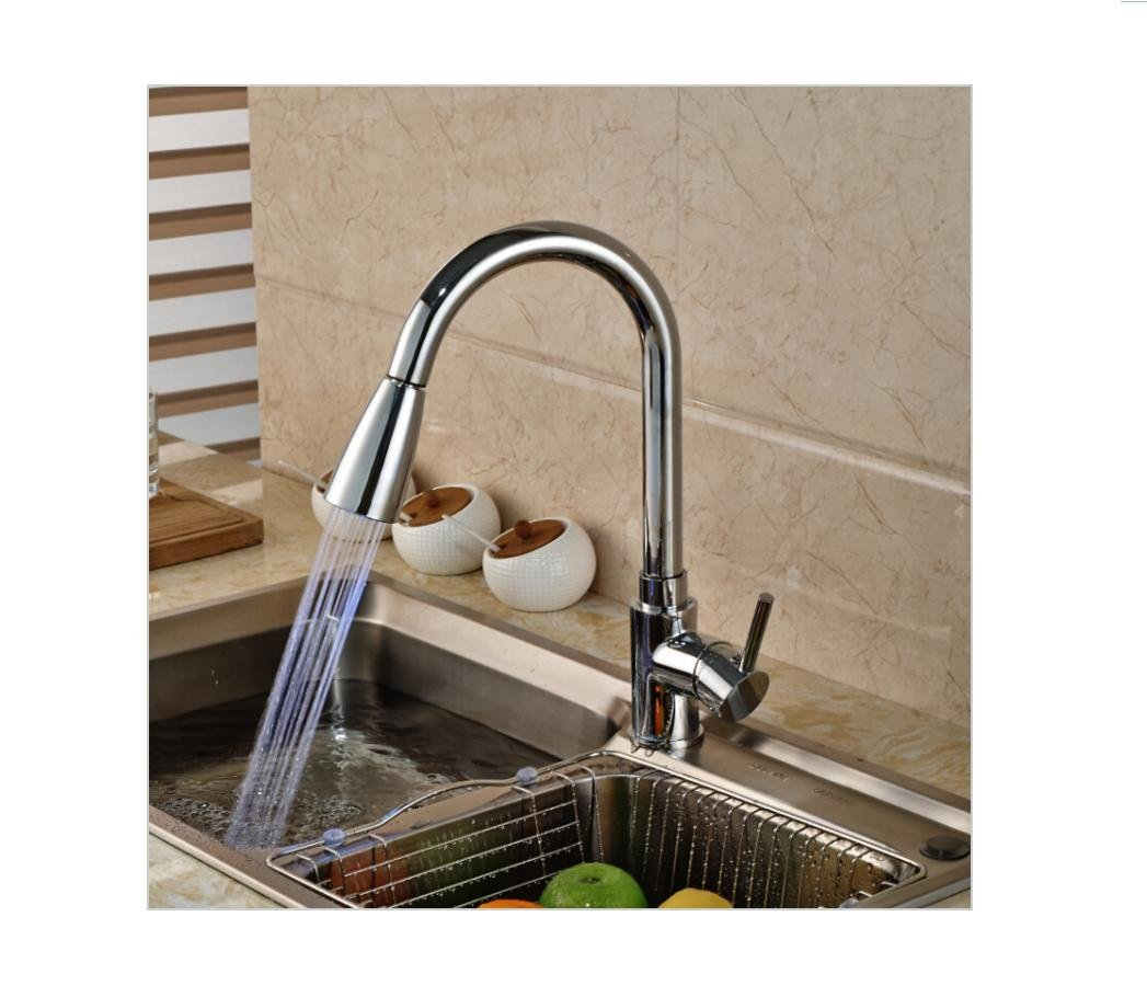BingHaiY Luxury Single Lever Brass Kitchen Mixer Faucet with LED Light Deck Mount Pull Out redation Spout Hot Cold Water Taps