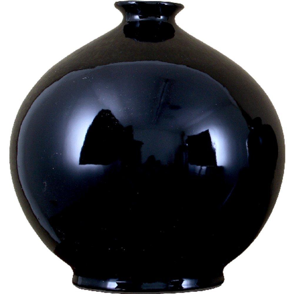 Home decor. Black Round Vase. Dimension: 14 x 14 x 15. Pattern: Black Porcelain.